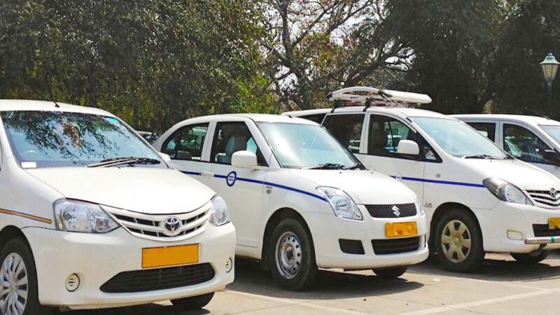 Why Booking Rental Cabs is a Good Idea For Outstation Trips From Noida